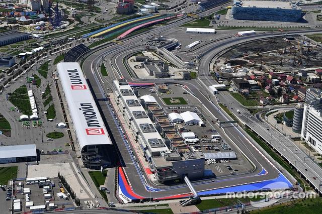 Vettel xuất sắc có pole tại Sochi - 2