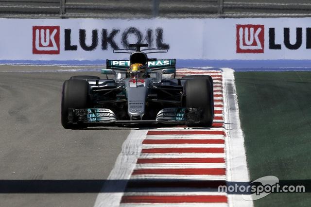 Vettel xuất sắc có pole tại Sochi - 9