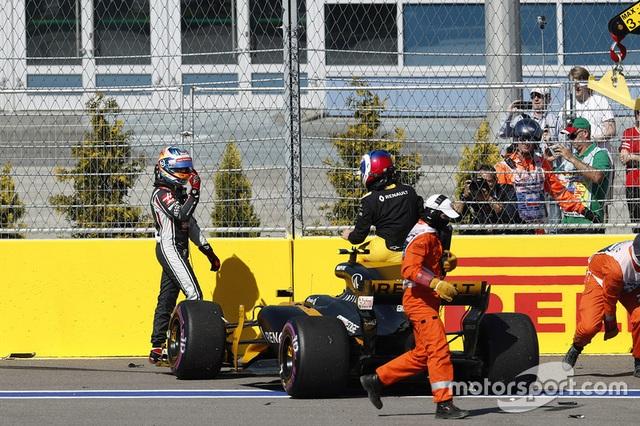 Chặng 4: Valtteri Bottas lần đầu đăng quang tại F1 - 5