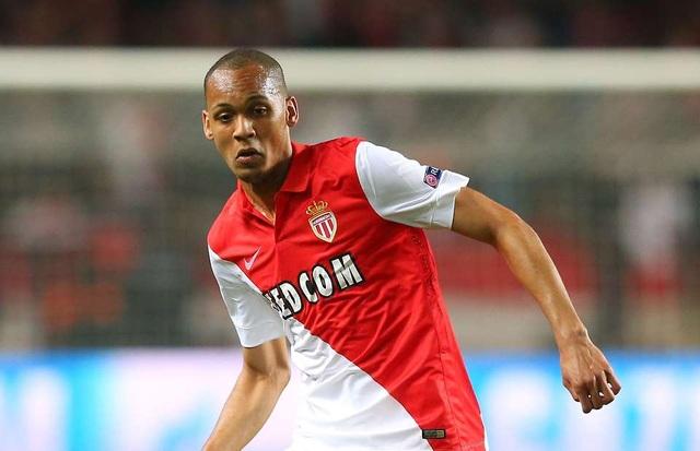 Monaco từ chối bán Fabinho cho MU