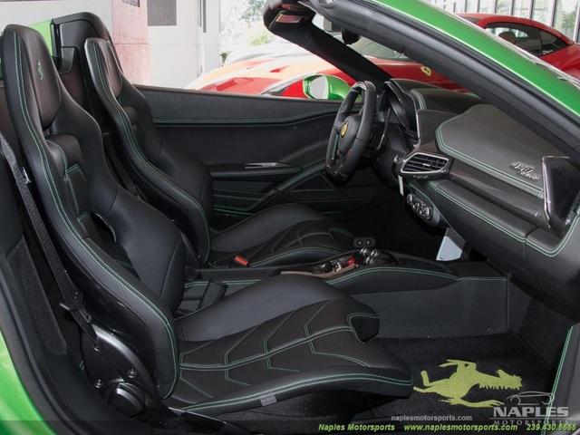 Mất bao nhiêu tiền để đổi màu sơn siêu xe Ferrari chính hãng? - 9