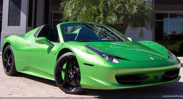 Mất bao nhiêu tiền để đổi màu sơn siêu xe Ferrari chính hãng? - 10