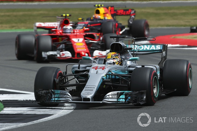 Lewis Hamilton thắng dễ tại Silverstone - 3