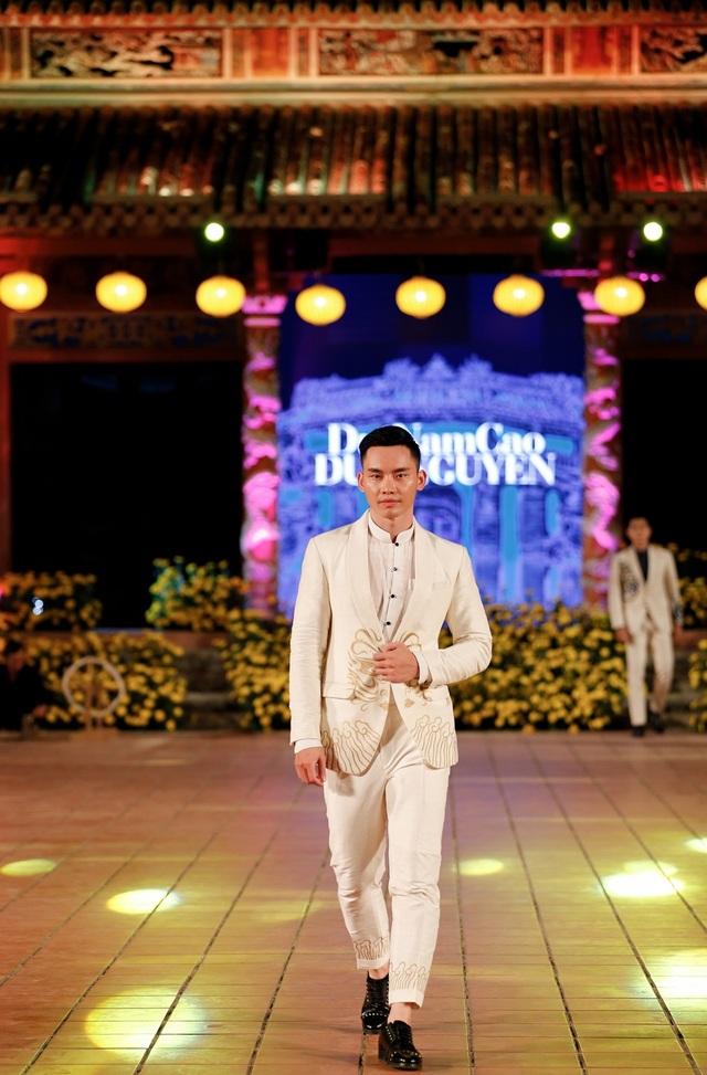 Nhìn lại khoảnh khắc tỏa sáng của dàn Hoa hậu, mỹ nam - 13