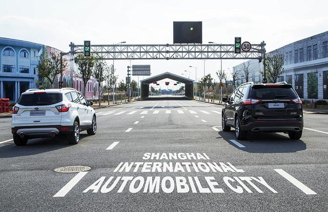 Ford thử nghiệm công nghệ chống ùn tắc giao thông - 2