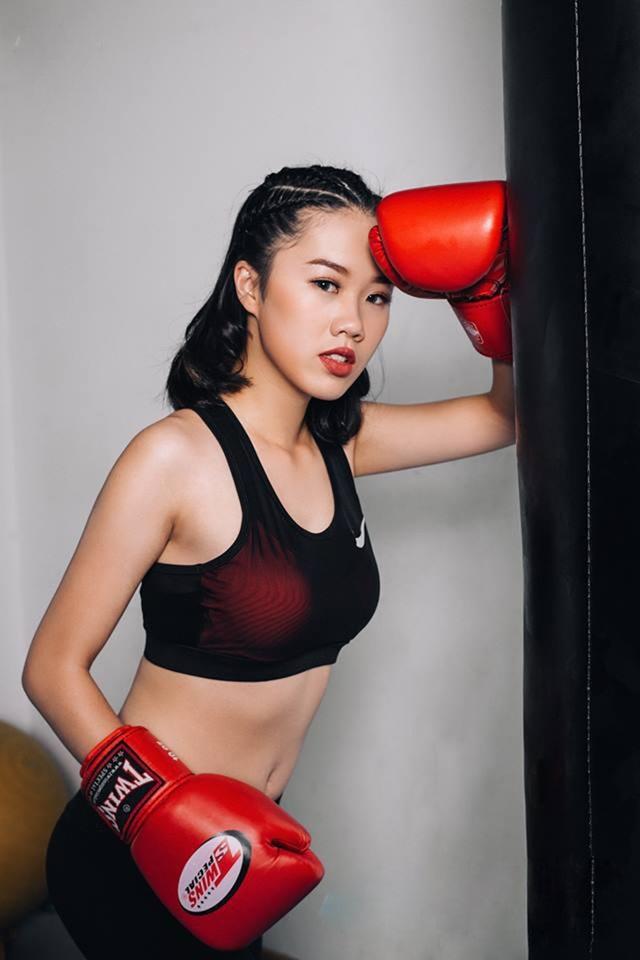 Đinh Hồng Phương Linh – lớp FMS4 khoa Quản trị kinh doanh K4