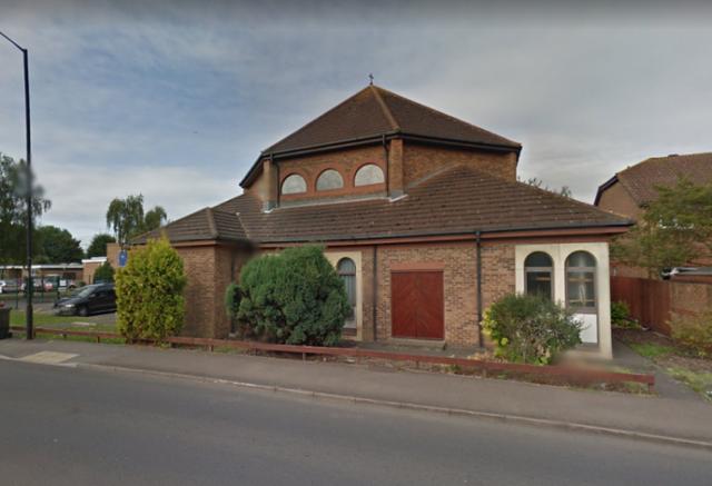 Nhà thờ Holy Redeemer ở Slough (Anh)