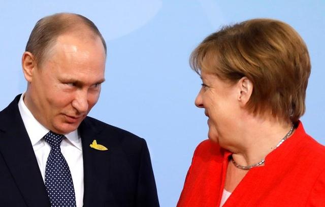 Thủ tướng Đức Merkel chào đón Tổng thống Nga Putin tới dự hội nghị G20.