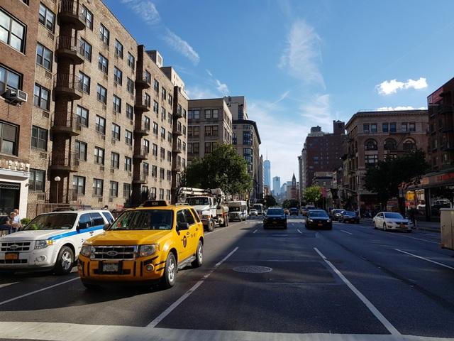 Mùa thu ở New York, trời xanh ngắt