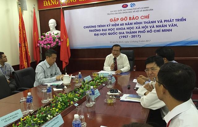 Năm nay, trường ĐH Khoa học xã hội và nhân văn sẽ kỷ niệm 60 năm thành lập, với tiền thân là Đại học Văn khoa (Viện Đại học Sài Gòn) ra đời năm 1957