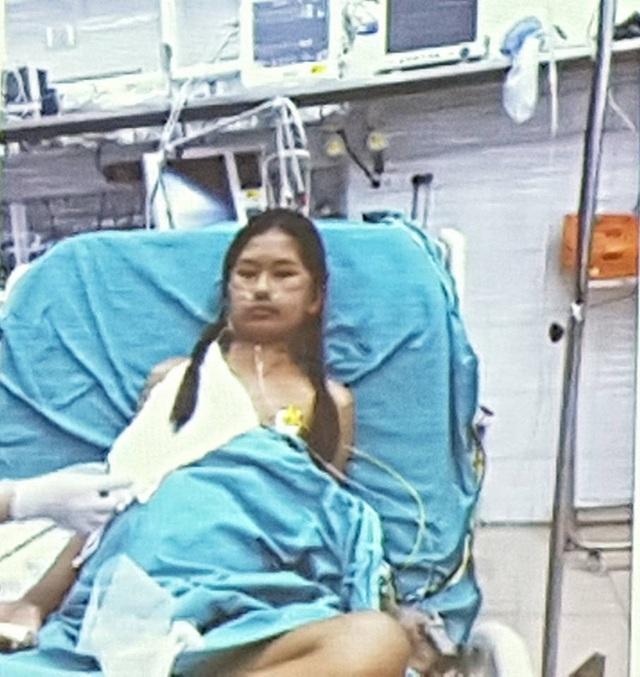 Bệnh nhân ngày thứ 5 sau ghép gan đã tỉnh táo, ăn uống, tiếp xúc tốt.