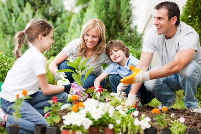 Việc kết nối với con đóng vai trò rất quan trọng trong quá trình nuôi dạy một đứa trẻ cư xử đúng đắn. (ảnh minh họa)