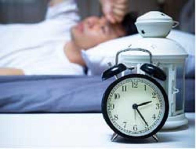 Giấc ngủ bất thường liên quan đến nguy cơ béo phì cao hơn - 1