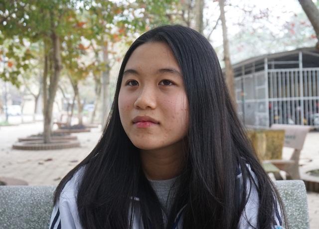 Được đánh giá là có nền tảng kiến thức, có đam mê và bản lĩnh, Trang đã vượt qua được biến cố tình cảm để xuất sắc giành giải Nhất HSG quốc gia môn Lịch sử.