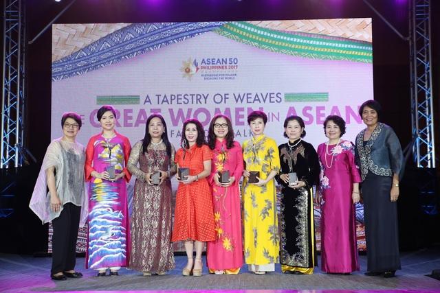 "Vinh danh ""Doanh nhân nữ tiêu biểu ASEAN"" - 1"