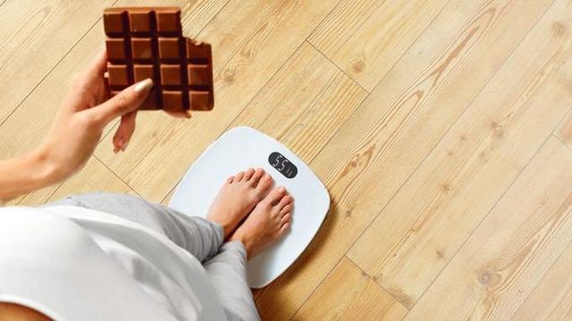 Vì sao khó duy trì cân nặng sau giảm cân? - 1