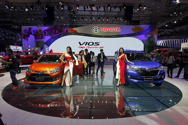 """Chủ đề chính của gian trưng bày Toyota tại Triển lãm ô tô Việt Nam năm nay là """"Muôn sắc xe - Vạn nụ cười"""""""