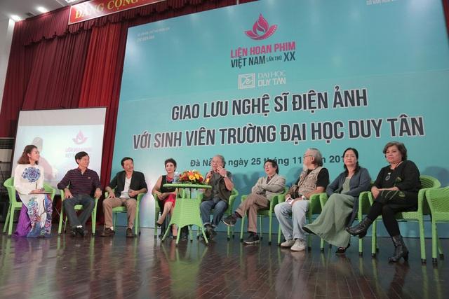 Các nghệ sĩ gạo cội của điện ảnh Việt xúc động trước tình yêu nghệ thuật thứ 7 của giới trẻ Đà Nẵng