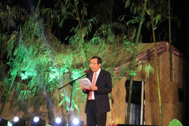 Ông Thuận Hữu, Chủ tịch Hội Nhà báo Việt Nam phát biểu tại buổi lễ
