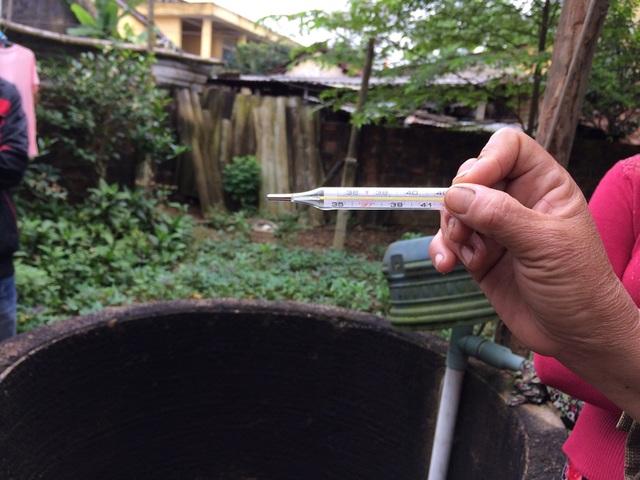 Nước trong giếng đo được 37 độ C