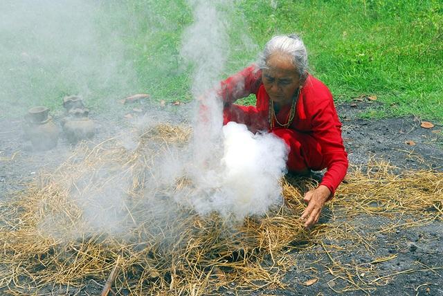 Làng gốm cổ nhất Đông Nam Á đứng trước nguy cơ tàn lụi - 5