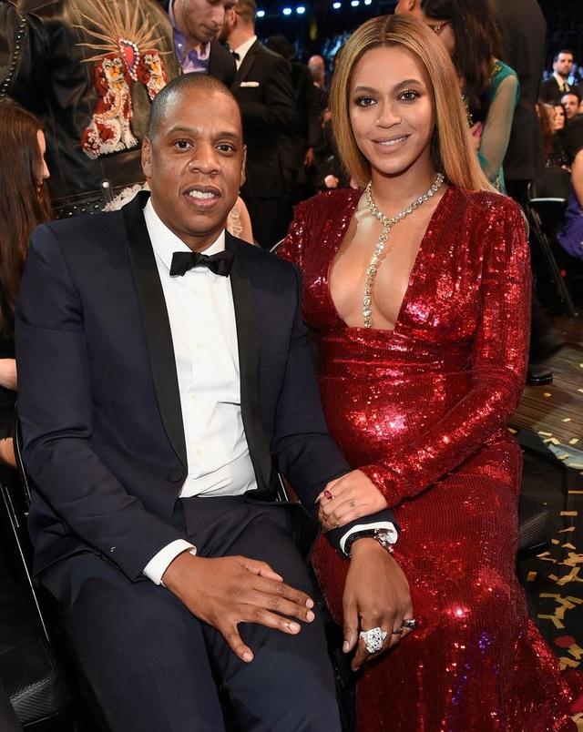 Chỉ giành được 2 trong tổng số 9 đề cử tại Grammy 2017 nhưng Beyonce Knowles vẫn có một đêm trao giải đáng nhớ.