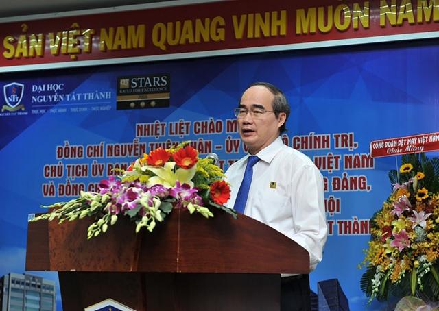 GS.TS Nguyễn Thiện Nhân cho rằng đào tạo phải gắn với nhu cầu xã hội