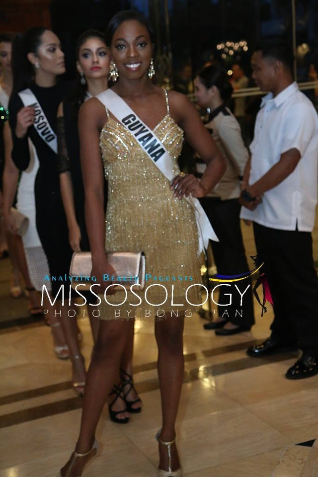 Lệ Hằng và các mỹ nhân khoe sắc trong tiệc tri ân Hoa hậu hoàn vũ 2015 - 47