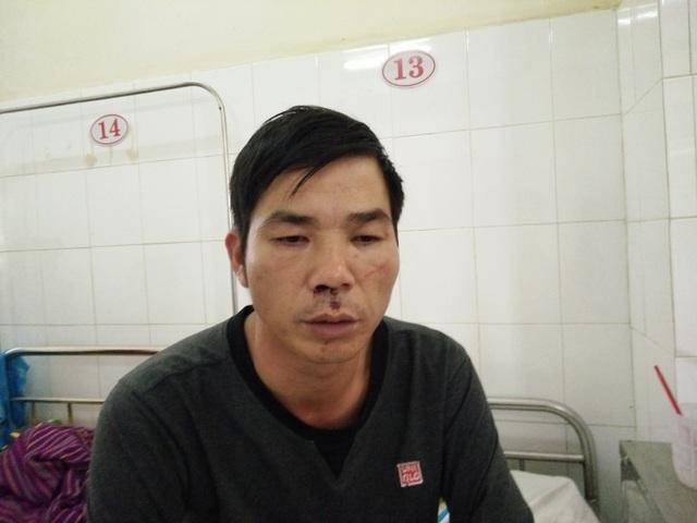 Anh Hồng đang điều trị tại bệnh viện sau khi bị đánh (ảnh CTV)