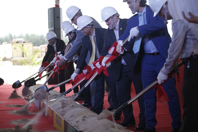 Chính thức động thổ dự án condotel và biệt thự Kahuna Hồ Tràm Strip - 1
