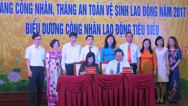 Hàng giá ưu đãi và học học bổng đến với công nhân Bắc Ninh - 2