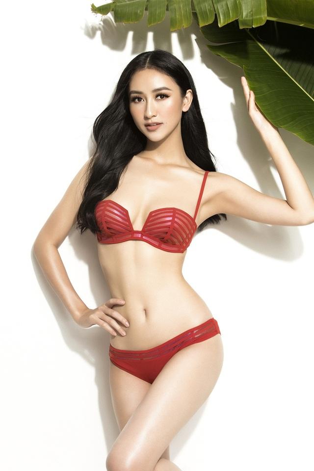 Trở về từ Miss Intercontinental 2015, cho đến nay, Hà Thu thường xuất hiện trong những sự kiện nổi tiếng của làng giải trí. Đặc biệt, người đẹp nằm trong số ít các nhan sắc nói không với scandal.