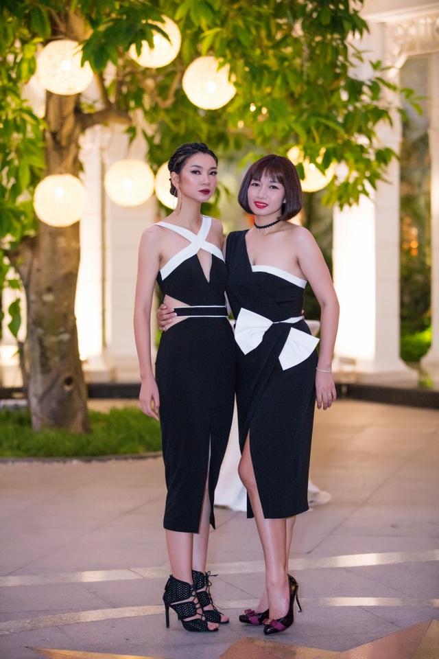 Hai chị em người mẫu Hạ Vy - Vy Hạnh.