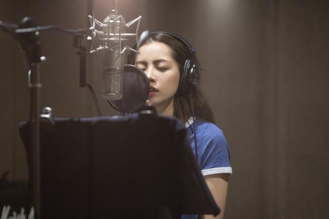 Chi Pu công bố chính thức trở thành ca sĩ.