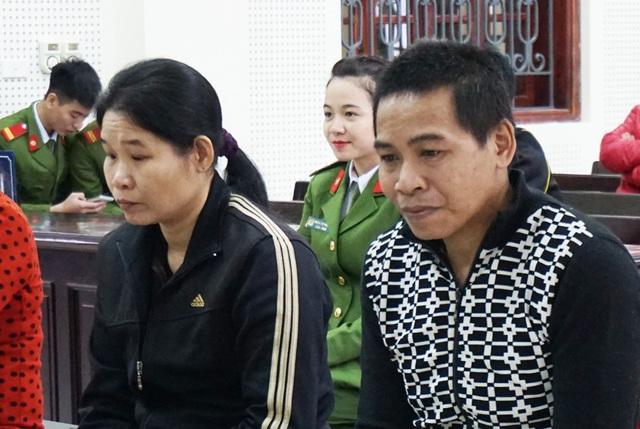 Hám tiền, thiếu hiểu biết, hai vợ chồng Vi Thị Hồng và Moong Văn Tuyên đưa nhau vào tù.