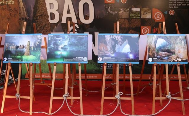 Bên cạnh triển lãm, trong các ngày từ 25/3 đến 27 tháng 3, người dân Hà Nội có thể thăm quan, tận hưởng những nét văn hóa dân gian của người Quảng Bình thông qua những hoạt động văn hóa nghệ thuật được tổ chức ở quanh khu vực hồ Hoàn Kiếm.