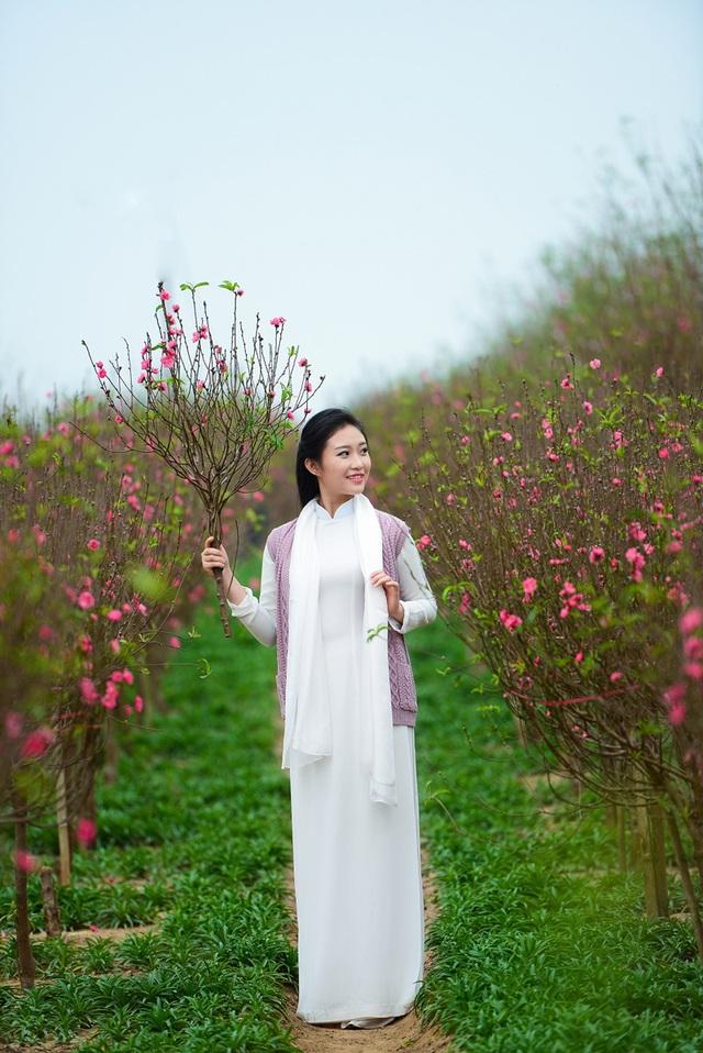Cô gái Hà Nội hoài niệm tiếng chuông chùa Trấn Vũ của Tết xưa - 8