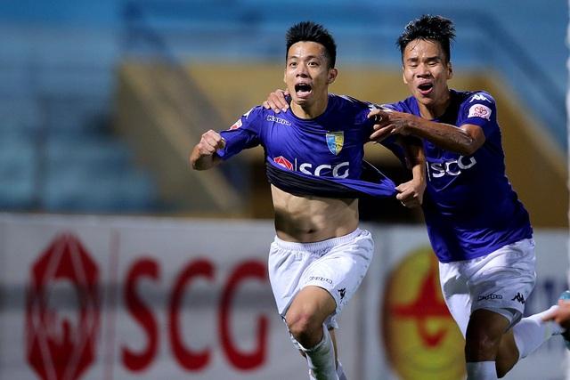 CLB Hà Nội tiến bước quan trọng trong cuộc đua đến ngôi vô địch sau khi thắng CLB Quảng Nam (ảnh: Gia Hưng)