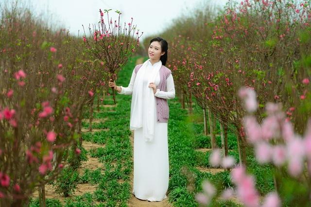 Cô gái Hà Nội hoài niệm tiếng chuông chùa Trấn Vũ của Tết xưa - 6