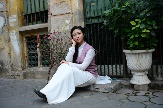 Cô gái Hà Nội hoài niệm tiếng chuông chùa Trấn Vũ của Tết xưa - 15