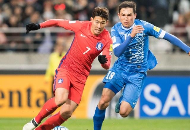Hàn Quốc sẽ đối đầu với Uzbekistan để tranh vé đến VCK World Cup 2018