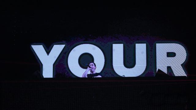 """DJ Top 3 thế giới Hardwell khen """"khán giả Việt Nam tuyệt vời nhất thế giới"""" - 5"""