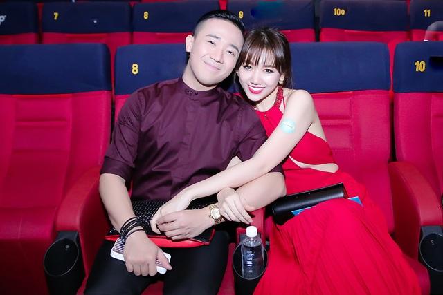 Sau đám cưới đầy bất ngờ và nổi bật nhất làng giải trí thời gian qua, Hari Won và Trấn Thành ngày càng hạnh phúc bên nhau.
