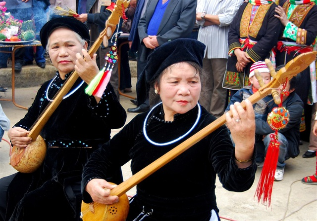 Từ bao đời nay, Then đã trở thành sinh hoạt văn hóa tâm linh của đồng bào các dân tộc Tày, Nùng, Thái ở vùng núi phía Bắc Việt Nam. Ảnh: TL.