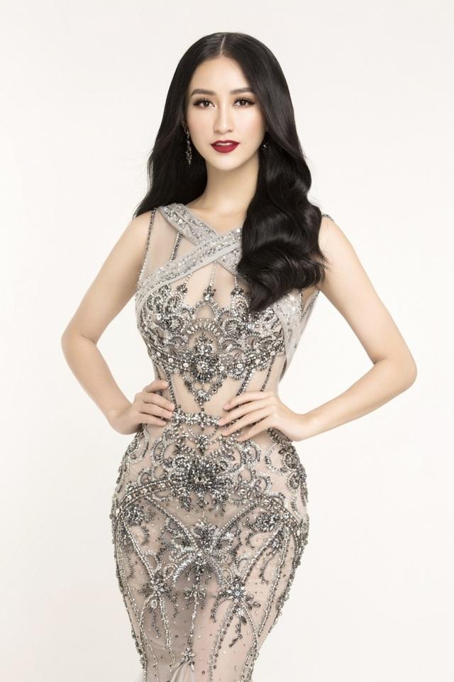 Hà Thu đoạt ngôi Á hậu Hoa hậu Đại dương năm 2014. Sau cuộc thi, Hà Thu hoạt động trong lĩnh vực người mẫu. Năm 2015, cô là đại diện của Việt Nam tại Hoa hậu Liên Lục Địa 2015 (Miss Intercontinental) và lọt top 14 - thành tích cao nhất của đại diện Việt Nam ở cuộc thi này.