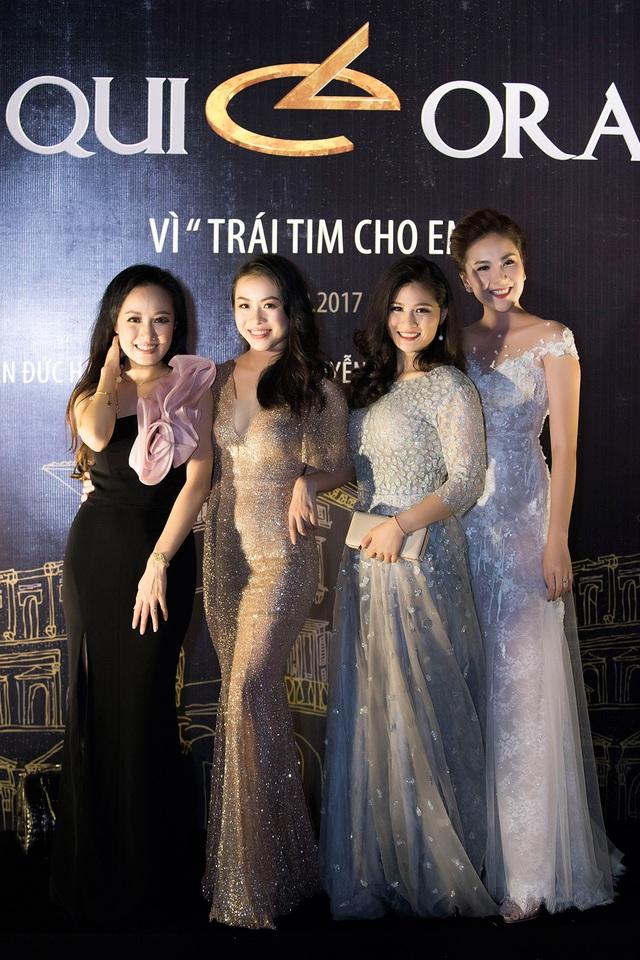 """Hậu trường làm người mẫu đầy vui nhộn của 30 BTV, MC """"hot"""" nhất VTV - 6"""