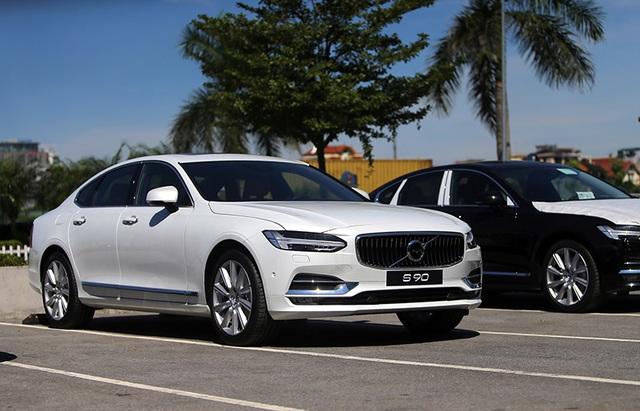 Volvo S90 gia nhập cuộc cạnh tranh phân khúc sedan hạng sang - 1