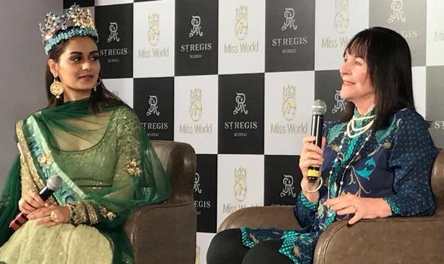 Manushi Chhillar hi vọng cô có thể làm được nhiều điều có ý cho xã hội và những người xung quanh trong một năm đương nhiệm của mình.