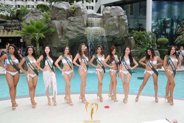 Mãn nhãn với phần trình diễn áo tắm của Hoa hậu Trái đất 2017 - 57