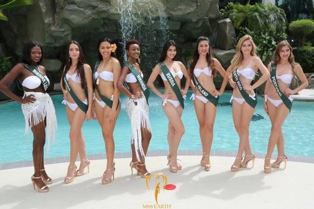 Mãn nhãn với phần trình diễn áo tắm của Hoa hậu Trái đất 2017 - 59